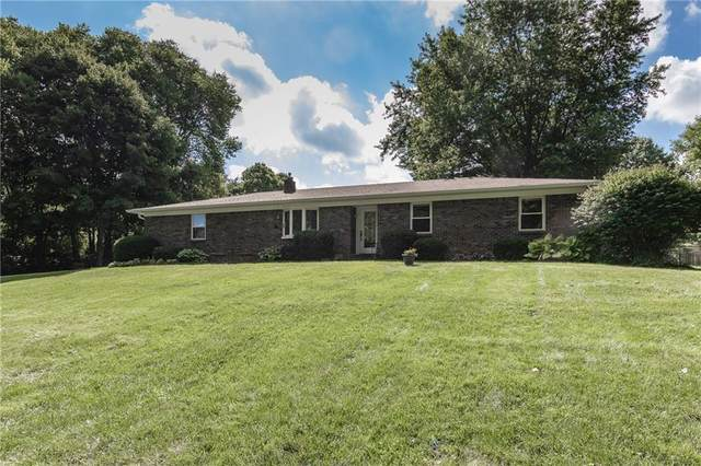 810 Eaglewood Drive, Zionsville, IN 46077 (MLS #21814154) :: Ferris Property Group