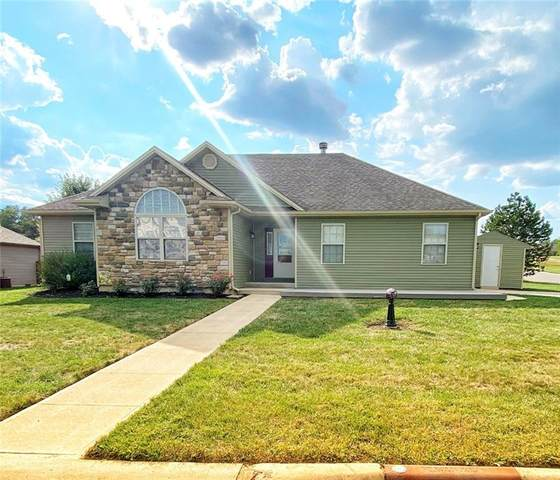 2230 Roaming Hills Drive, Richmond, IN 47374 (MLS #21814221) :: The Evelo Team