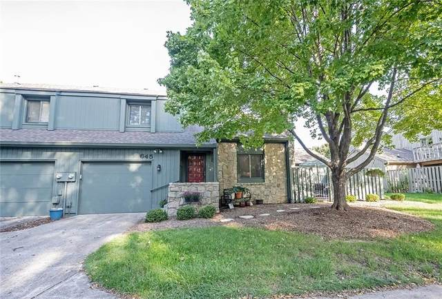 645 Conner Creek Drive #645, Fishers, IN 46038 (MLS #21814230) :: The Evelo Team