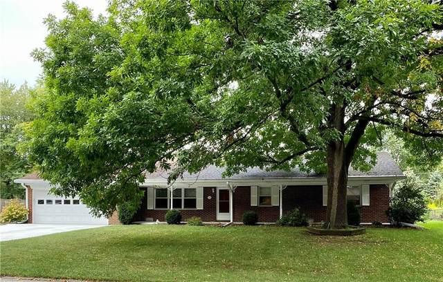 36 Robinwood Drive, Brownsburg, IN 46112 (MLS #21814256) :: Ferris Property Group