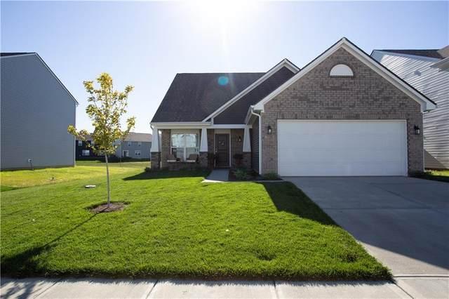 5335 Maywood Drive, Whitestown, IN 46075 (MLS #21814283) :: Pennington Realty Team