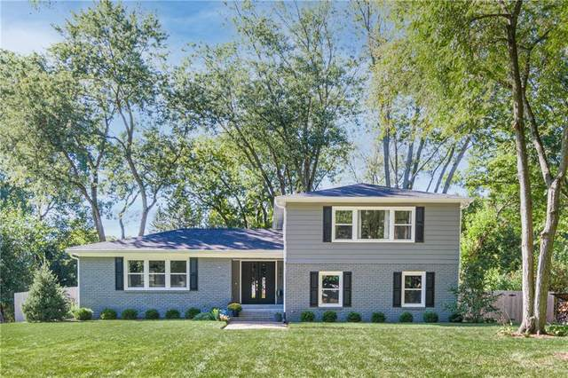 545 King Drive, Indianapolis, IN 46260 (MLS #21814373) :: AR/haus Group Realty