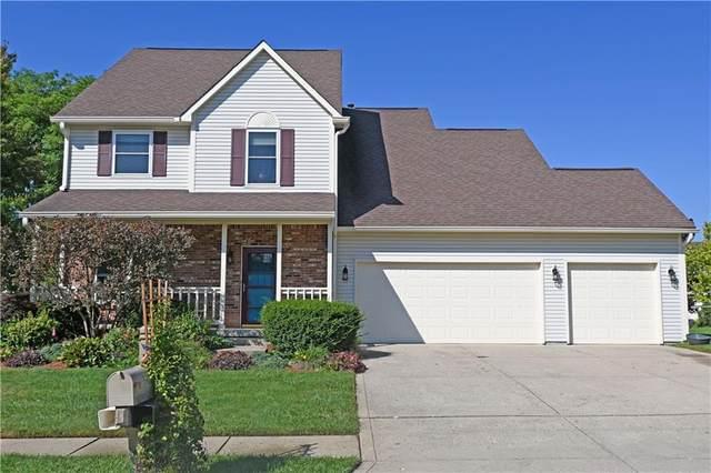 1477 Macintosh Court, Avon, IN 46123 (MLS #21814388) :: Ferris Property Group