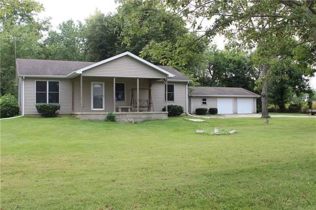 5249 E 700 N, Crawfordsville, IN 47933 (MLS #21814441) :: Ferris Property Group