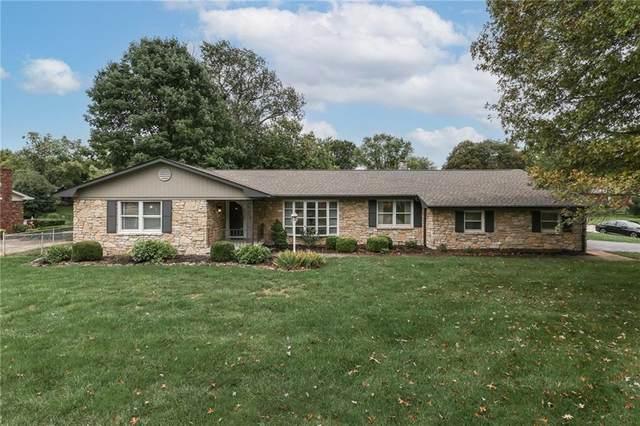 801 Leisure Lane, Greenwood, IN 46142 (MLS #21814548) :: The ORR Home Selling Team