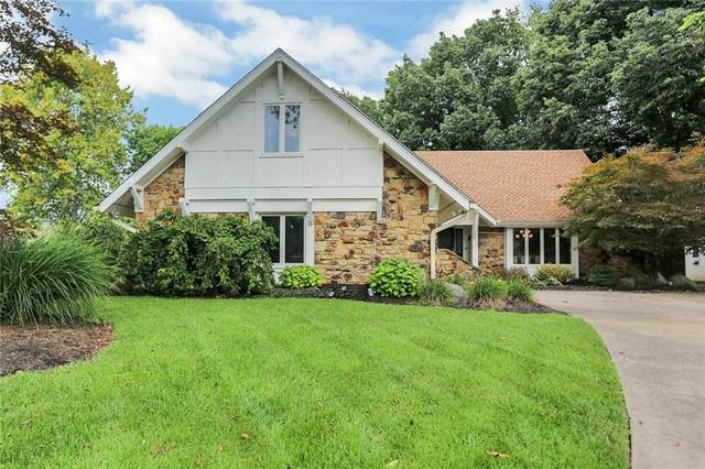 2087 Golfview Court, Greenwood, IN 46143 (MLS #21814666) :: Ferris Property Group