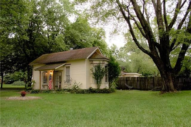 404 Pearl Street, Pendleton, IN 46064 (MLS #21814843) :: Heard Real Estate Team | eXp Realty, LLC