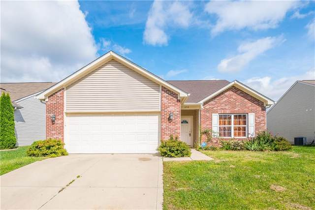 636 Fieldbrook Court, Indianapolis, IN 46217 (MLS #21815449) :: Mike Price Realty Team - RE/MAX Centerstone