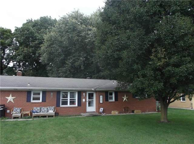 2742 W 11TH Street, Anderson, IN 46011 (MLS #21815514) :: The Evelo Team