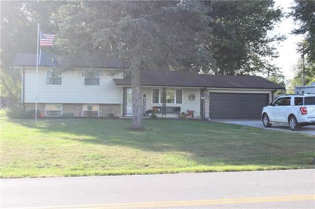 988 N County Road 500 E, Avon, IN 46123 (MLS #21815574) :: David Brenton's Team