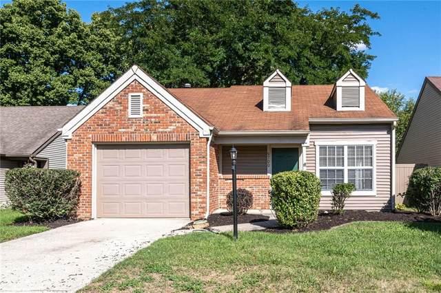 9700 River Oak Lane E, Fishers, IN 46038 (MLS #21816087) :: Ferris Property Group