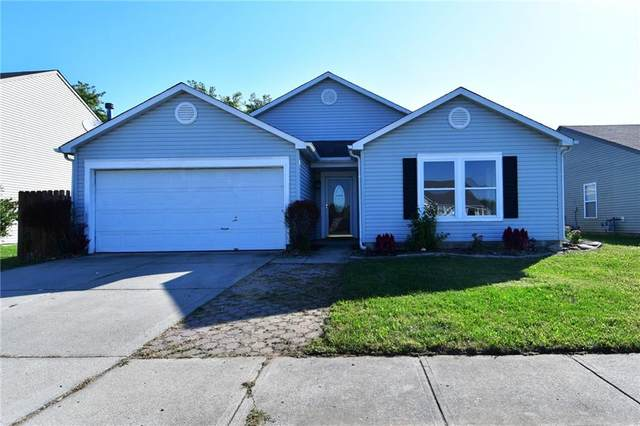 2197 Westmere Drive, Plainfield, IN 46168 (MLS #21816615) :: Heard Real Estate Team | eXp Realty, LLC