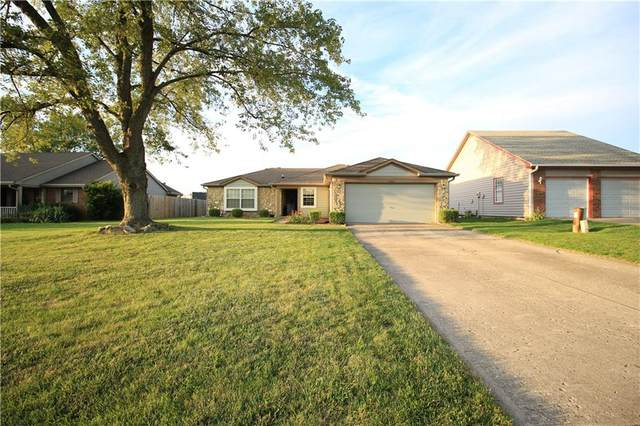 4960 Brookfield Drive, Indianapolis, IN 46237 (MLS #21816746) :: Ferris Property Group