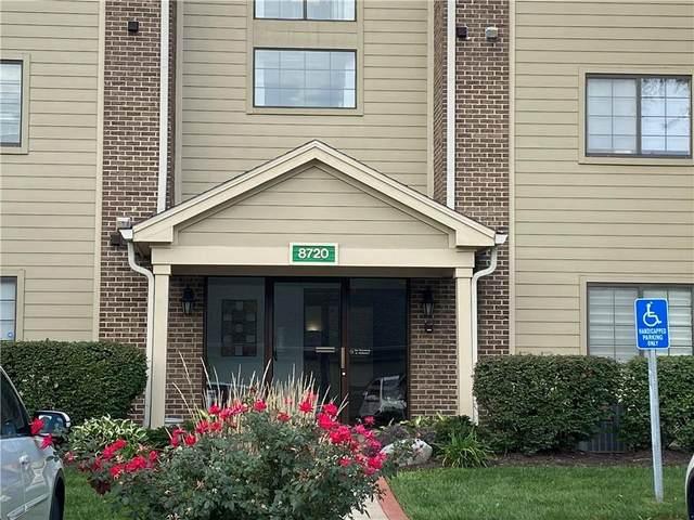 8720 Yardley Court #206, Indianapolis, IN 46268 (MLS #21818144) :: JM Realty Associates, Inc.