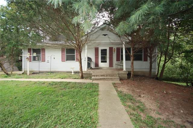 8762 N Briarwood Lake East Drive, Monrovia, IN 46157 (MLS #21818582) :: Mike Price Realty Team - RE/MAX Centerstone