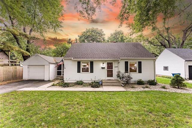 6334 Maple Drive, Indianapolis, IN 46220 (MLS #21818834) :: Ferris Property Group