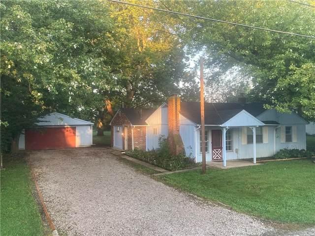 8970 Cooper Road, Zionsville, IN 46077 (MLS #21818989) :: Ferris Property Group