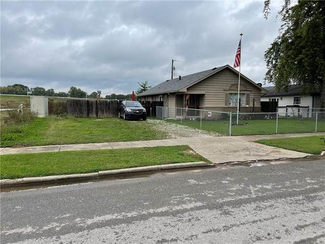 590 Gardner Avenue, Martinsville, IN 46151 (MLS #21819104) :: AR/haus Group Realty