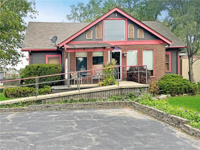 2210 E 10th Street, Anderson, IN 46012 (MLS #21819208) :: RE/MAX Legacy