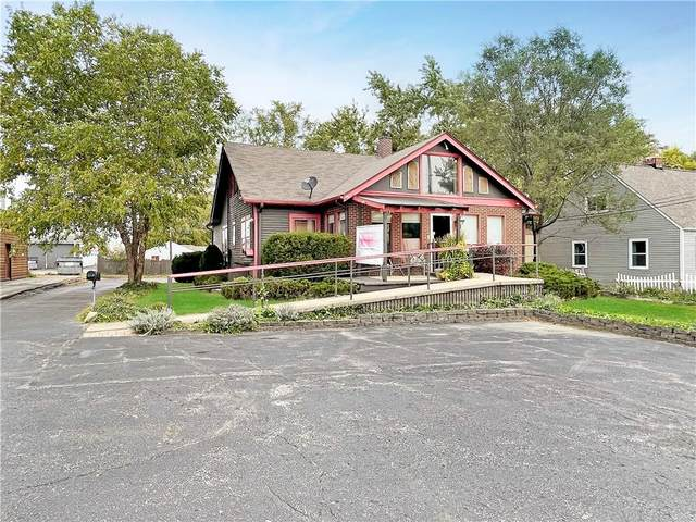 2210 E 10th Street, Anderson, IN 46012 (MLS #21819214) :: Mike Price Realty Team - RE/MAX Centerstone