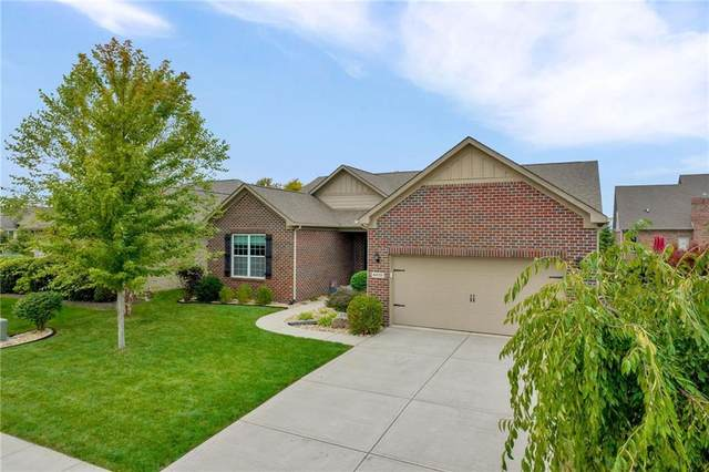4228 Rainwater Boulevard, Greenwood, IN 46143 (MLS #21819341) :: Ferris Property Group