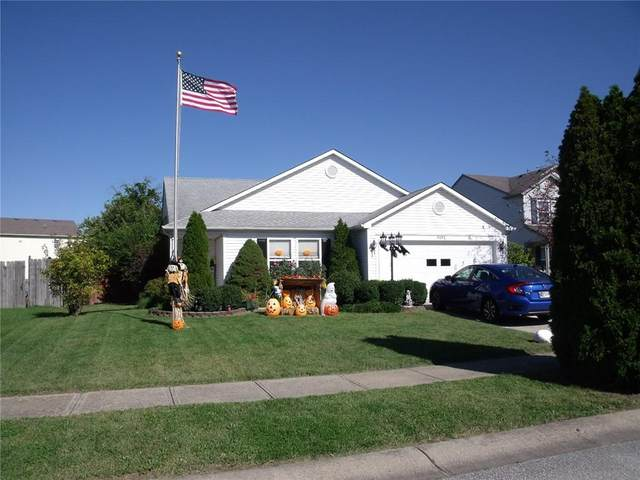 9192 Huntleigh Circle, Plainfield, IN 46168 (MLS #21819764) :: The Evelo Team
