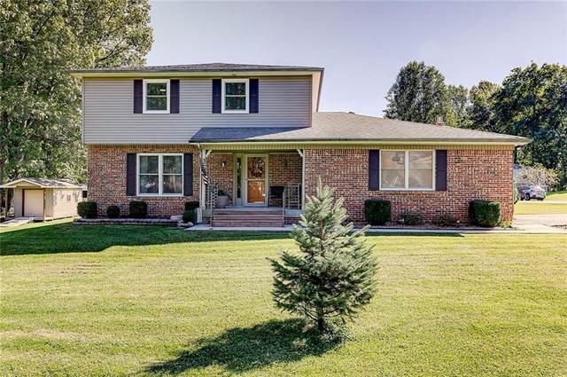 320 Ferguson Drive, Martinsville, IN 46151 (MLS #21819774) :: Ferris Property Group