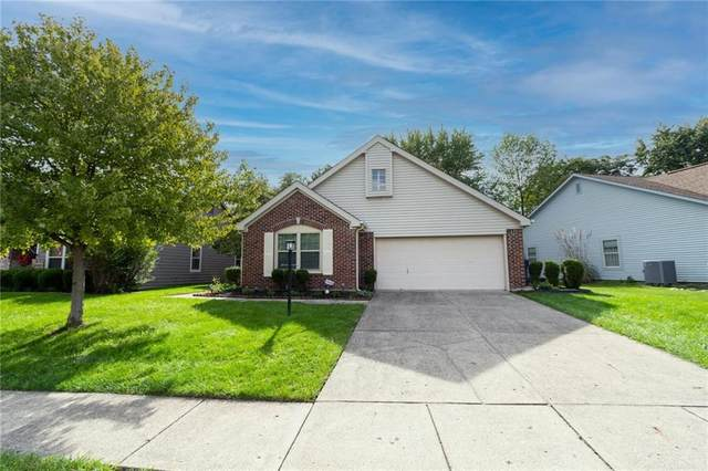 10701 Pimlico Circle, Indianapolis, IN 46280 (MLS #21819841) :: AR/haus Group Realty