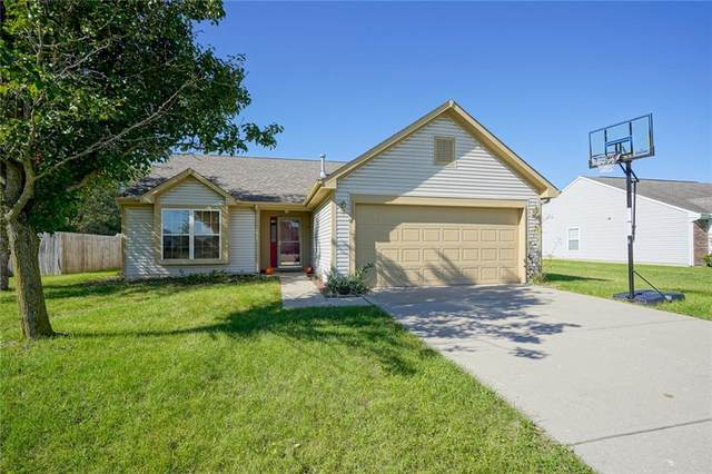 822 Seabreeze Drive, Avon, IN 46123 (MLS #21819934) :: Mike Price Realty Team - RE/MAX Centerstone