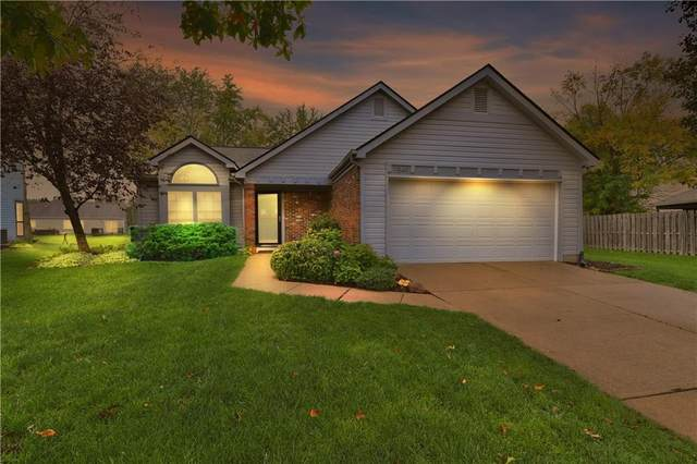 7849 Stonebranch South Drive, Indianapolis, IN 46256 (MLS #21820374) :: Pennington Realty Team
