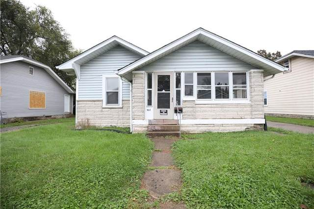 901 N Gladstone Avenue, Indianapolis, IN 46201 (MLS #21821554) :: The ORR Home Selling Team