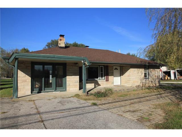 1680 Burton Lane, Martinsville, IN 46151 (MLS #21517615) :: Indy Scene Real Estate Team
