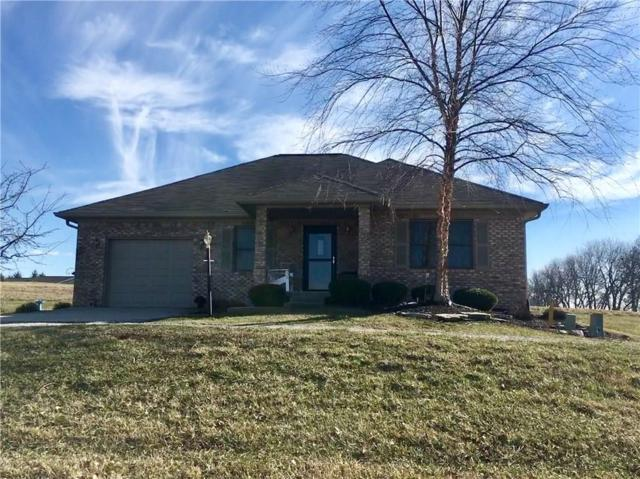 606 Longcastle Drive, Greencastle, IN 46135 (MLS #21545707) :: FC Tucker Company
