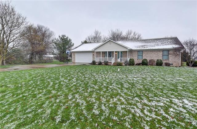 695 N 700 W, Greenfield, IN 46140 (MLS #21558864) :: RE/MAX Ability Plus