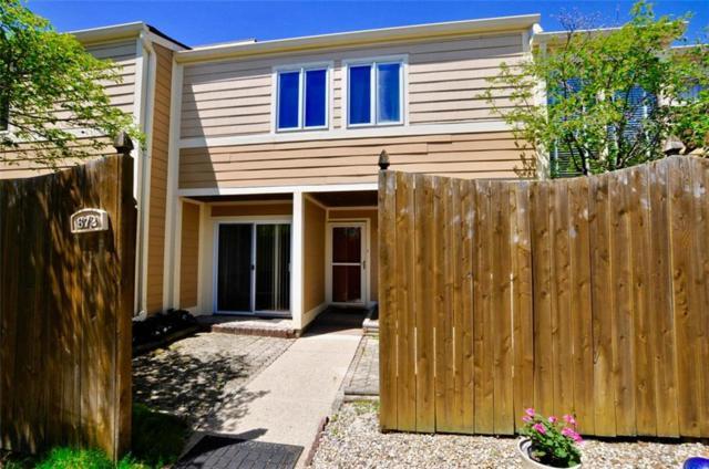 672 Cobblestone Road, Avon, IN 46123 (MLS #21567241) :: Indy Scene Real Estate Team
