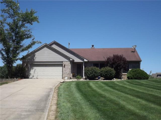 2838 E Cottonwood Trail, Morristown, IN 46161 (MLS #21579045) :: Indy Plus Realty Group- Keller Williams