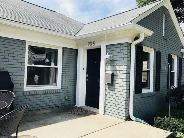 5219 N College Avenue, Indianapolis, IN 46220 (MLS #21586278) :: The Evelo Team