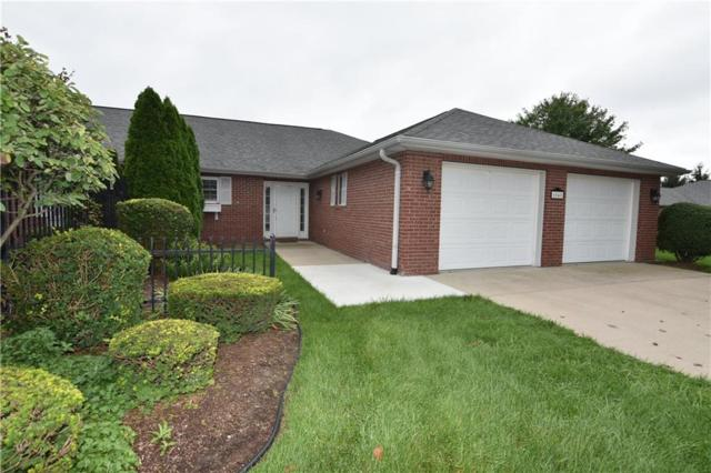 6045 S Stratton Court, Columbus, IN 47203 (MLS #21591086) :: AR/haus Group Realty