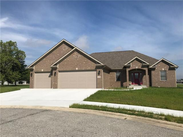 3550 Regents Drive, Seymour, IN 47274 (MLS #21618689) :: Richwine Elite Group
