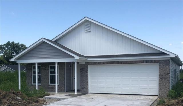 4400 N Emerald Pointe Way, Muncie, IN 47304 (MLS #21626492) :: Mike Price Realty Team - RE/MAX Centerstone
