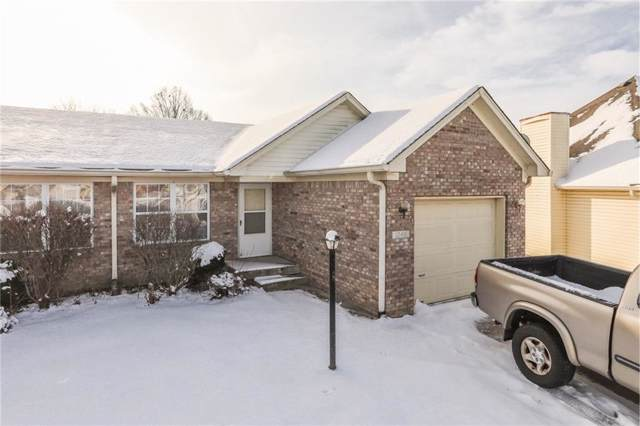 1045 Mustang Court, Franklin, IN 46131 (MLS #21674282) :: Mike Price Realty Team - RE/MAX Centerstone
