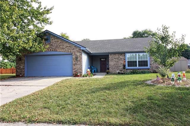 553 Hunting Creek Drive, Greenwood, IN 46142 (MLS #21674356) :: Heard Real Estate Team   eXp Realty, LLC