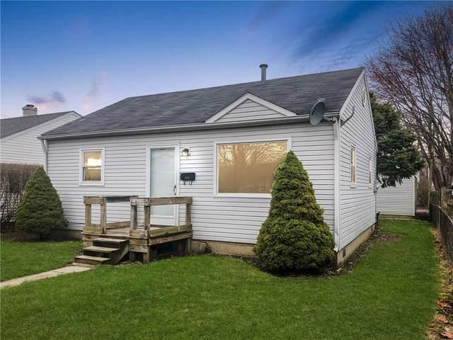 2012 S Pershing Drive, Muncie, IN 47302 (MLS #21702350) :: The ORR Home Selling Team