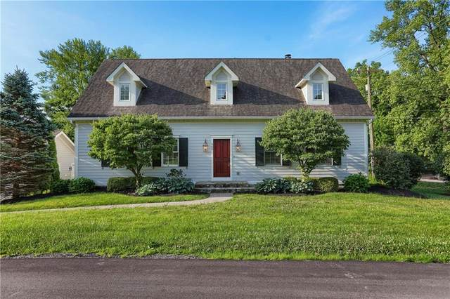 565 Isenhour Hills Drive, Zionsville, IN 46077 (MLS #21706723) :: Mike Price Realty Team - RE/MAX Centerstone