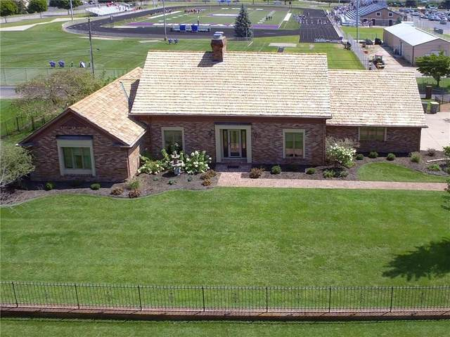 538 Robin Hood Drive, Seymour, IN 47274 (MLS #21708267) :: Mike Price Realty Team - RE/MAX Centerstone