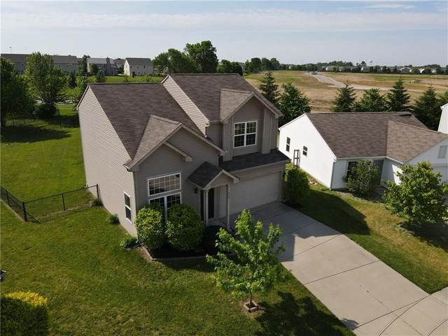 999 Curlew Lane, Greenwood, IN 46143 (MLS #21718371) :: Anthony Robinson & AMR Real Estate Group LLC
