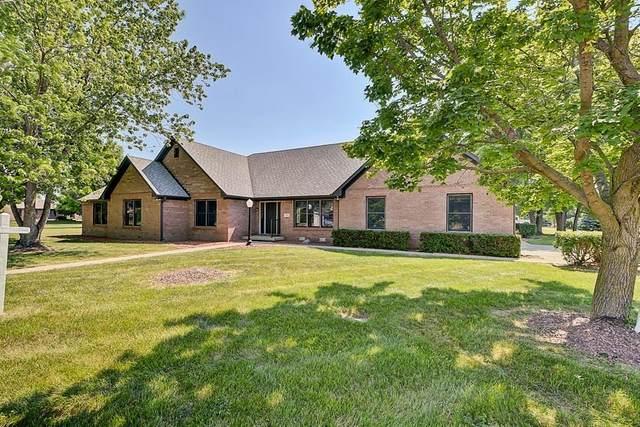 1145 Foxford Drive, Avon, IN 46123 (MLS #21718861) :: Mike Price Realty Team - RE/MAX Centerstone