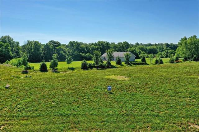 641 Chatham Hills Boulevard, Westfield, IN 46074 (MLS #21722229) :: Anthony Robinson & AMR Real Estate Group LLC