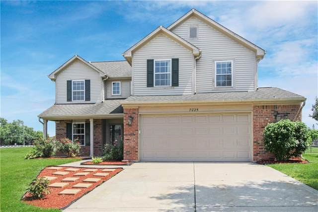 7025 Red Lake Court, Indianapolis, IN 46217 (MLS #21730768) :: Dean Wagner Realtors