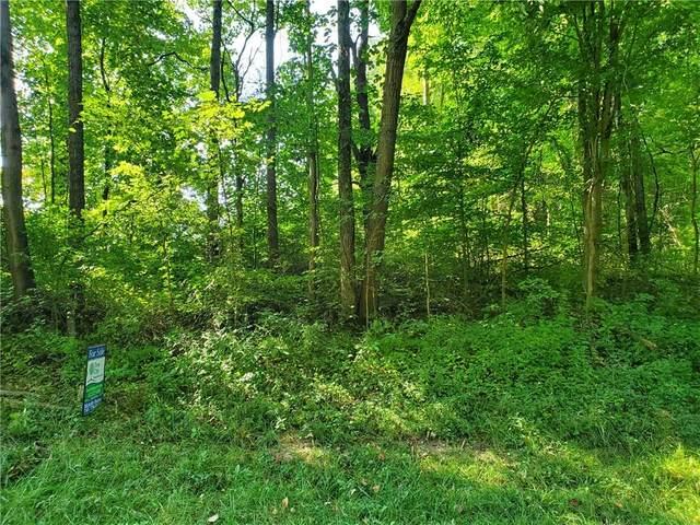 1452 NE Kutenai Trail, Greensburg, IN 47240 (MLS #21735405) :: Corbett & Company